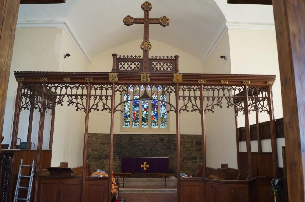holy-cross-3